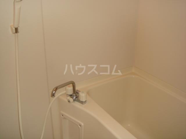 第3ホーメスト桜木 1C号室の風呂