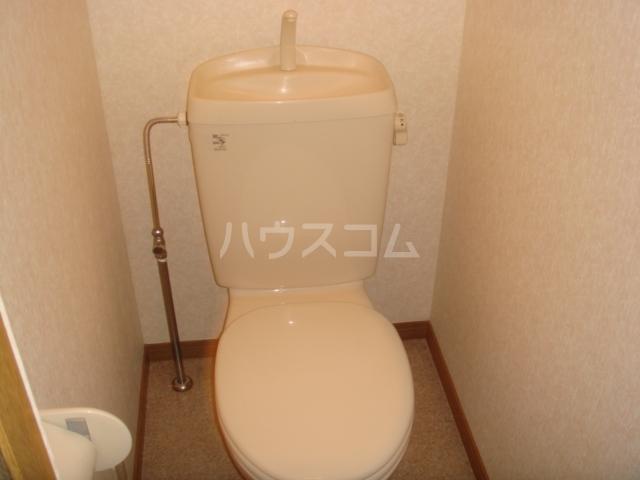 第3ホーメスト桜木 1C号室のトイレ