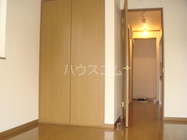 第3ホーメスト桜木 1C号室のベッドルーム