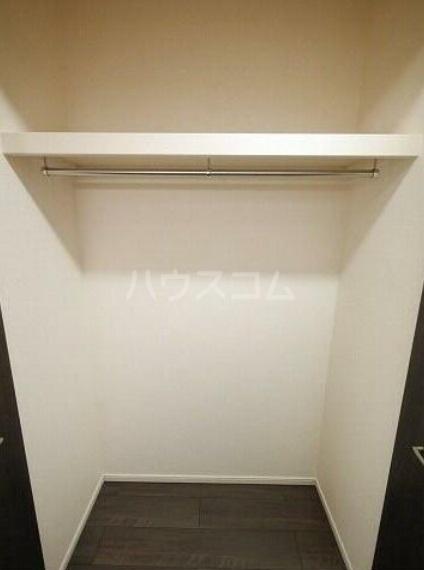ゴールデン ブラウン 02030号室の収納