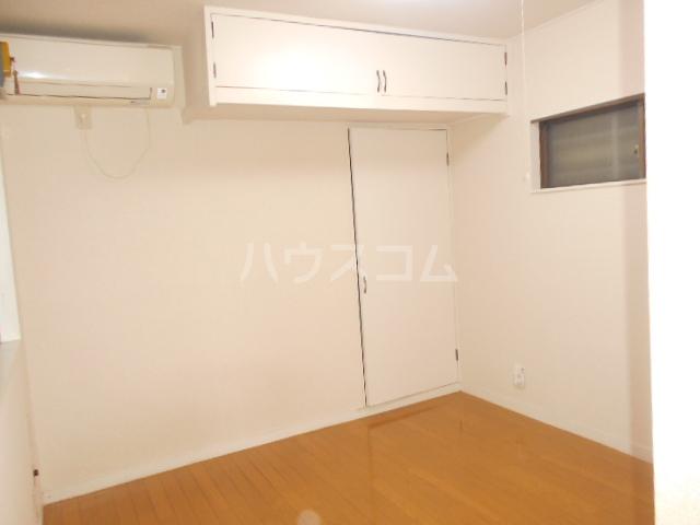 メゾン・ド・パレイ 0103号室のリビング