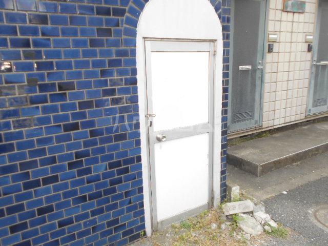 メゾン・ド・パレイ 0103号室のロビー