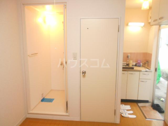 メゾン・ド・パレイ 0103号室の風呂