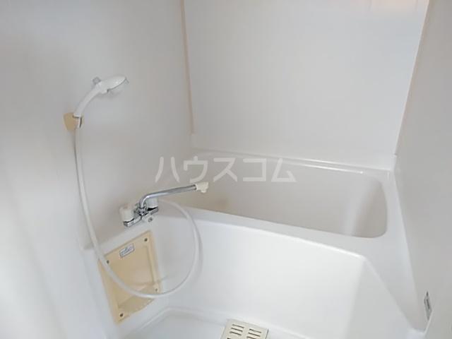 プラザハシモト 201号室の風呂