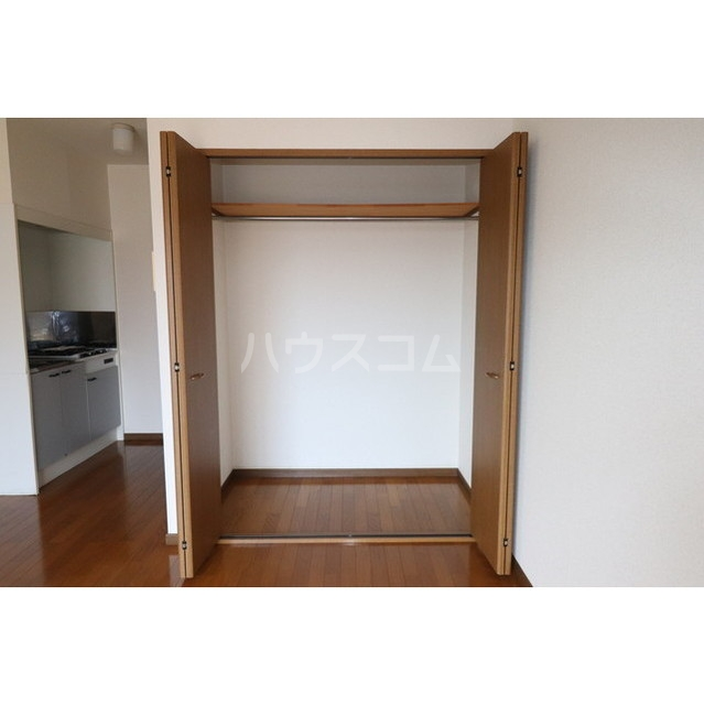 Amour セゾン 104号室の収納