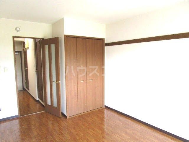 カウベルⅢ 506号室の居室