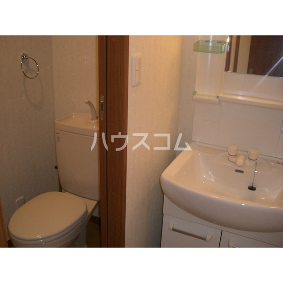 シャルム ハイツ 203号室のトイレ