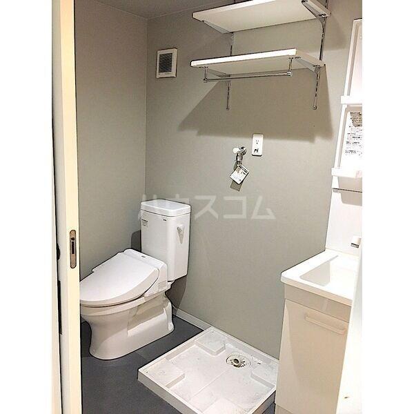 レガーロ荒子 201号室のトイレ