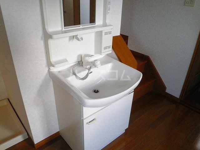 タウンエステート川島の洗面所