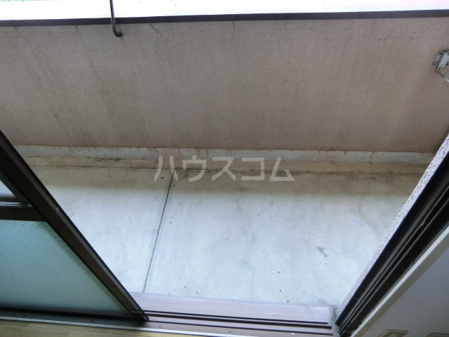 藤岡マンション 303号室のバルコニー