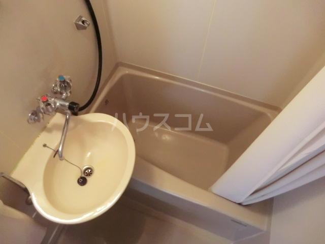 藤岡マンション 303号室の風呂