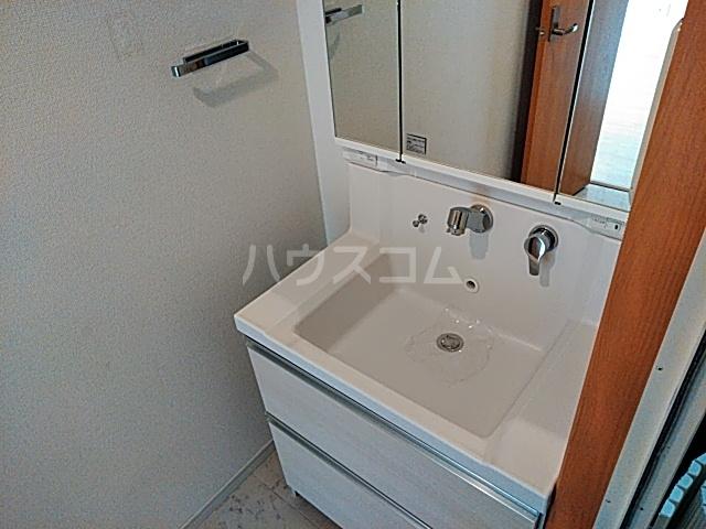 プリマリア・ノール 105号室の洗面所