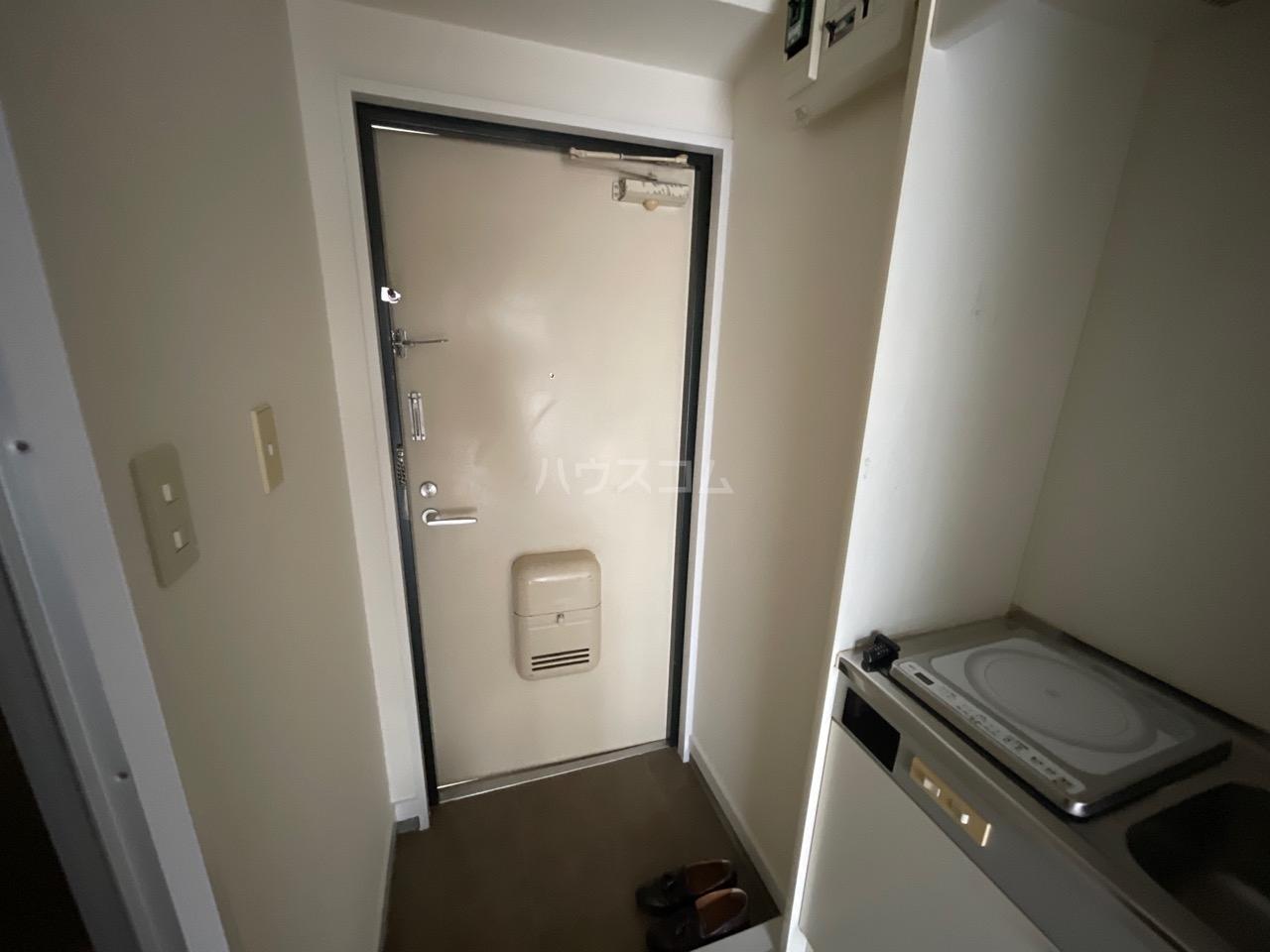 シャトール田口戸塚Ⅱ 103号室の玄関