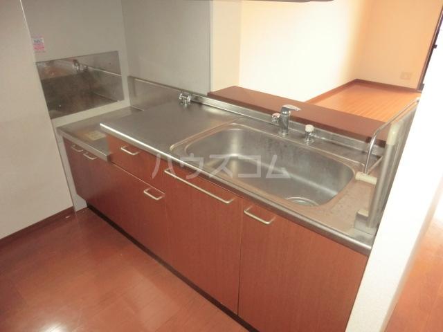 CONFAR中野 202号室のキッチン