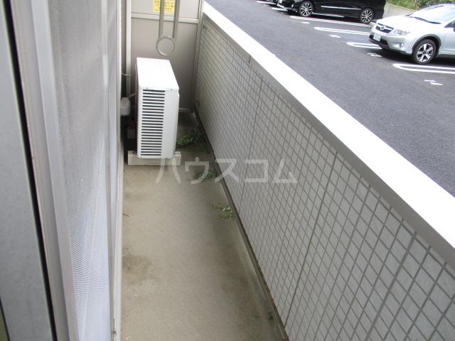 コモレビ大蔵E棟 202号室のバルコニー