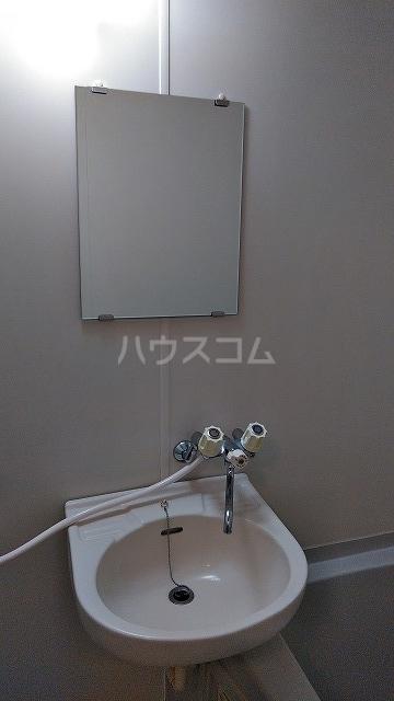 ベルグレース桜新町 201号室のトイレ
