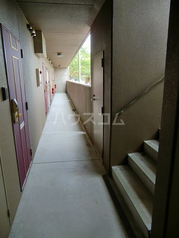Hills K(ヒルズケイ) 107号室のロビー