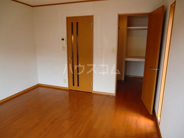 Hills K(ヒルズケイ) 107号室のベッドルーム