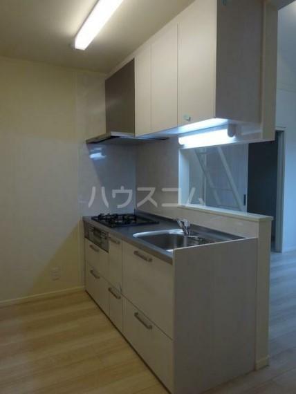 ルナーレ 202号室のキッチン
