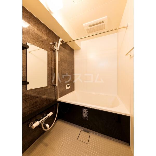 BMG RESIDENCE 1002号室の風呂