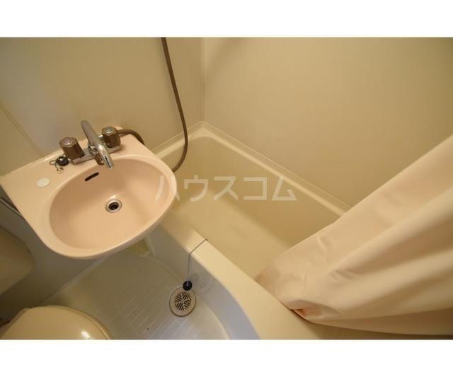 エステートピア岩崎台 209号室のトイレ