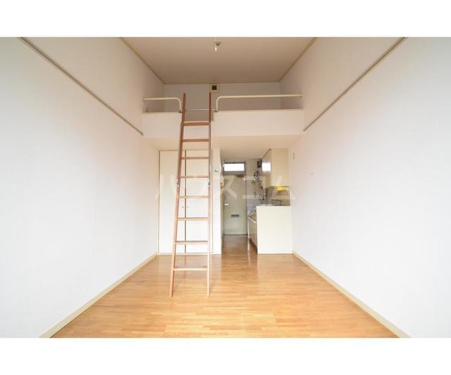 エステートピア岩崎台 209号室の玄関