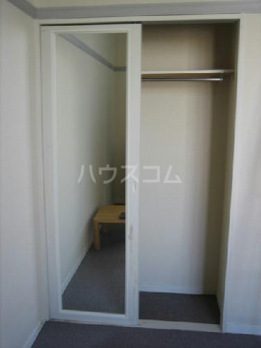 レオパレスエストーディオ 105号室の収納