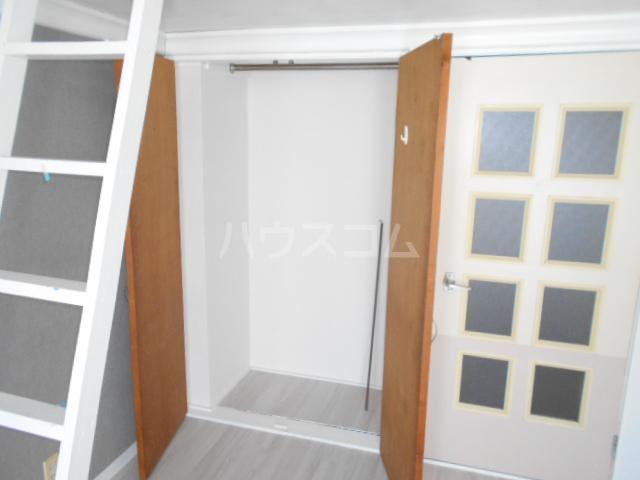 ビセンテハウス昭和町 102号室の玄関