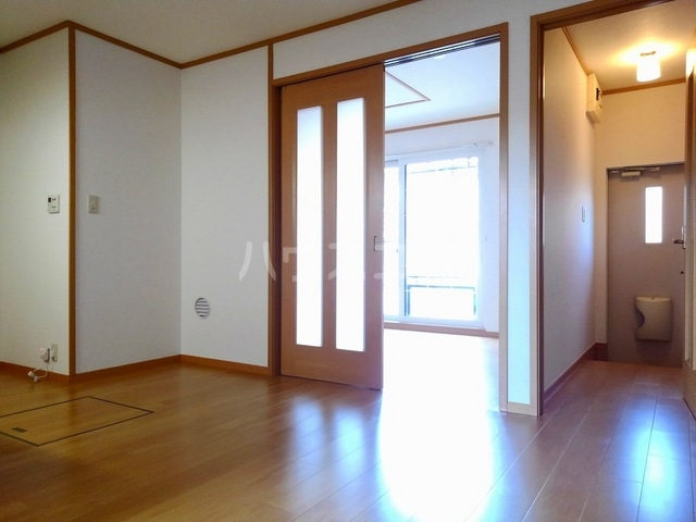 ヴィラ・ロ-ゼⅡ 01010号室のロビー