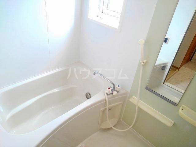 ヴィラ・ロ-ゼⅡ 01010号室の風呂