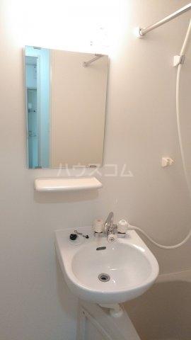 フィールズコート 101号室の洗面所