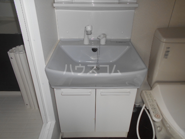 MY横浜戸塚 202号室の洗面所