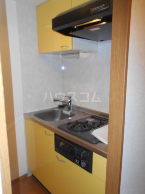 LINX NARIMASU 110号室のキッチン