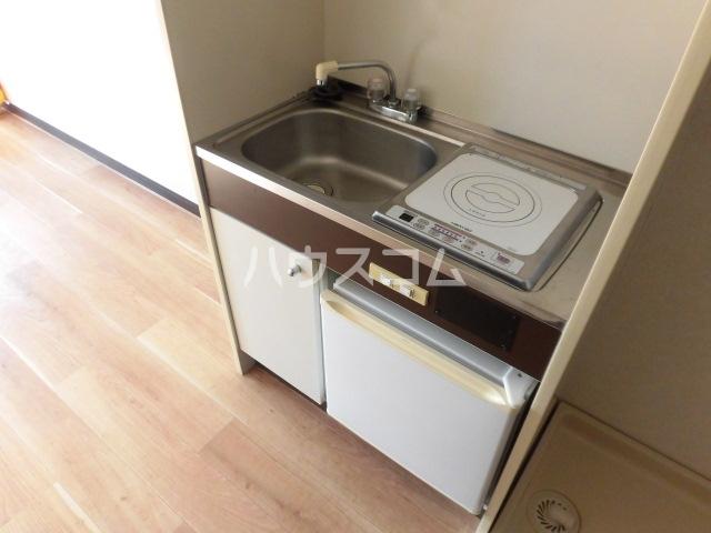 アーバンフォレスト 201号室のキッチン