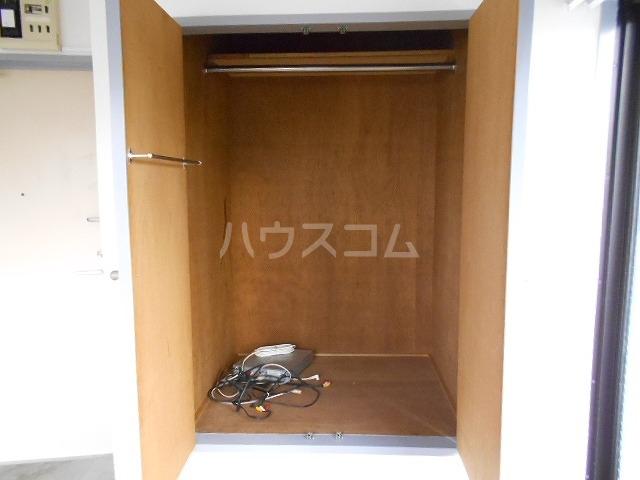 ボンボニエール府中 301号室の収納