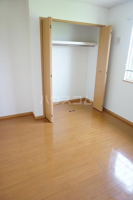 サン マーベラス B 02030号室の収納