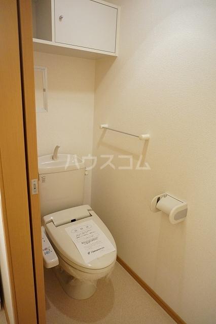 サン マーベラス B 02030号室のトイレ