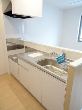 ヴァン ベール 02010号室のキッチン