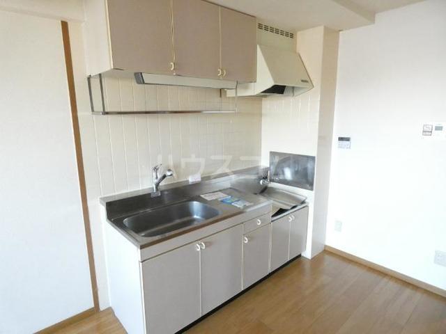 ア・ラ・モードU 02010号室のキッチン