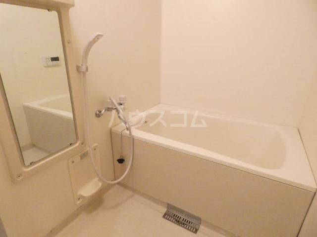 ア・ラ・モードU 02010号室の風呂