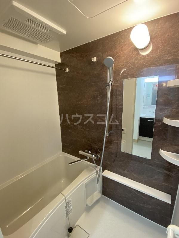 アンドーバーテラス金城 サウス 01020号室の風呂