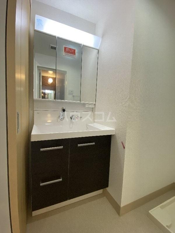 アンドーバーテラス金城 サウス 01020号室の洗面所