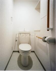 プリム新城Ⅱ 204号室のトイレ
