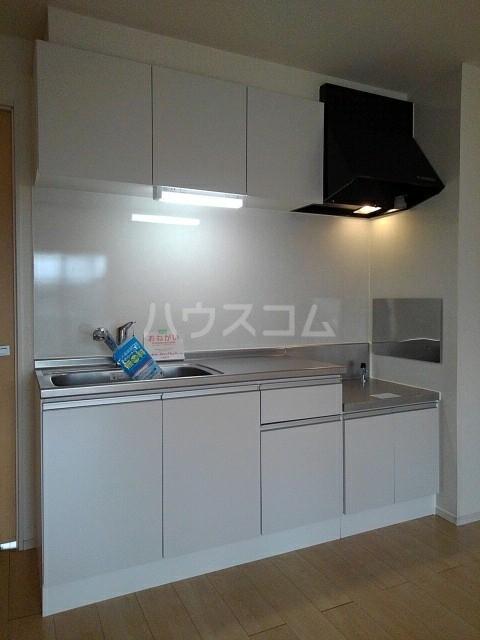 ウエストヴィレッジⅠ 02020号室のキッチン