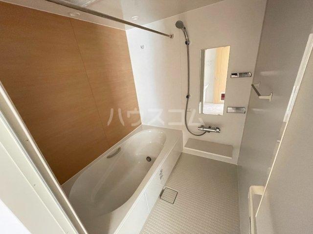パレスアリオン佐倉Ⅱ 01030号室の風呂
