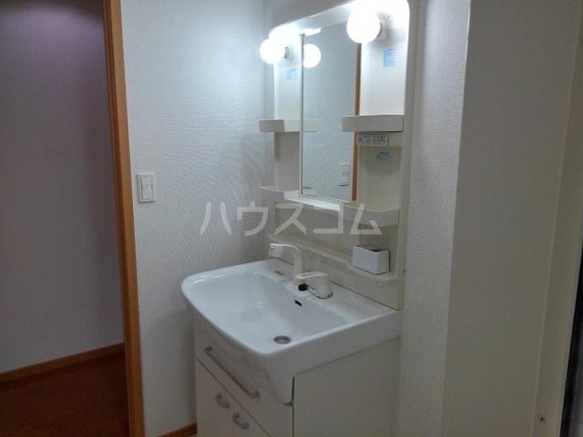 モアエクセル高石 03030号室の洗面所