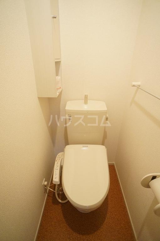 グレース・ヴィラ 壱番館 01020号室のトイレ