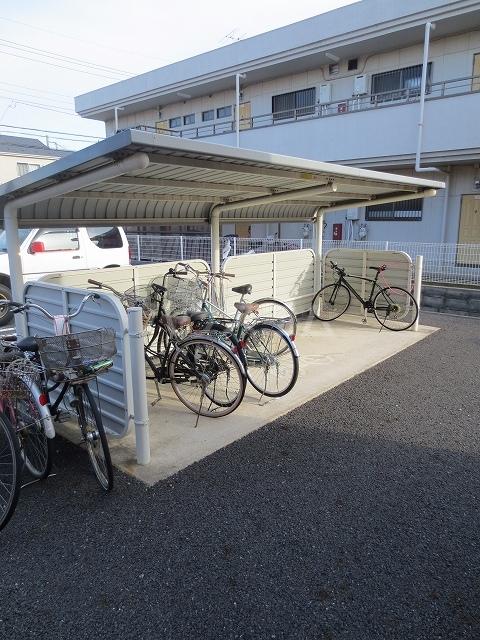 ブルーリッジ 02020号室の収納