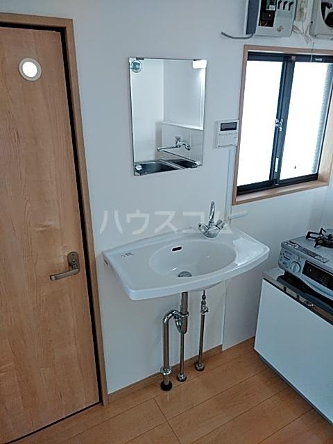 コーポ恵 102号室の洗面所