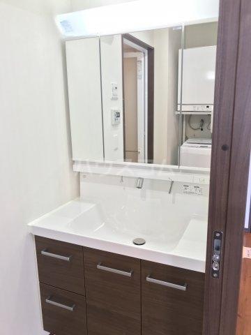 プレミアムコート美里第2 701号室の洗面所